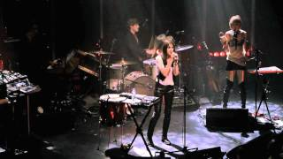 Charlotte Gainsbourg - IRM (Live)