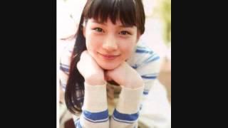 今年、日本中に感動を与えたドラマあまちゃんに主演した能年玲奈 ブレイ...