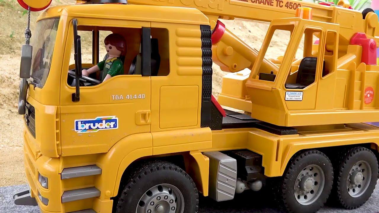 Transformasi Blok Excavator Traktor Mobil Truk Pemadam Kebakaran Mainan Anak