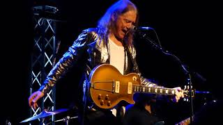Robben Ford - Somebody's Fool - 10/21/17 The Rose - Pasadena, CA