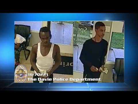 Employees chase thieves who stole cellphones at Davie Sprint store