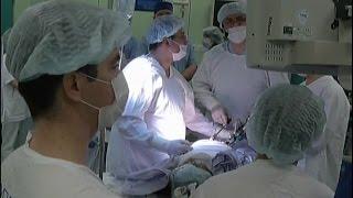 Уникальную операцию по удалению опухоли желудка провели в онкоцентре