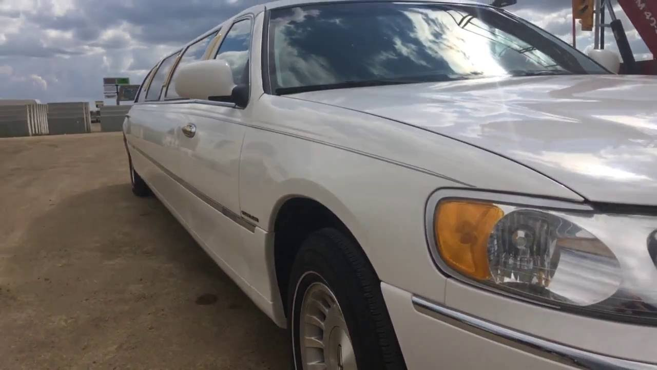 1999 Lincoln Towncar Limo Millenium Edition Youtube