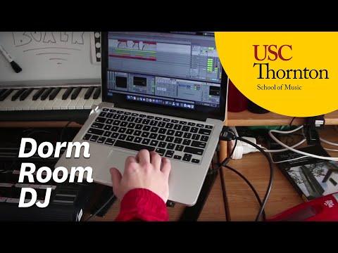 Tom Carpenter: Dorm Room DJ
