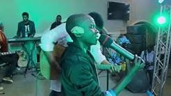 Emmanuel Musongo Ft MATTHIEU YAV & HADRIEN FARYALA - BABA MINA KUABUDU- Live with Lyrics
