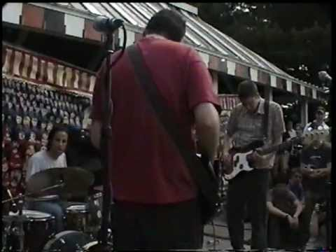 """Paul Newman band live at the """"The Last Show"""" festival in Princeton, NJ on May 6, 2000"""