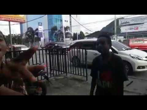 Rapper papua diss Young lex. (Rapper kids papua)
