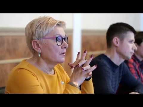 """9-channel.com: Кожній громаді - своє раідо і телебачення. В Україні активно обговорюють законопроєкт """"Про медіа"""""""