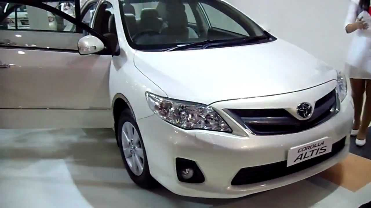 Latest Toyota Corolla Altis At Auto Expo 2012, New Delhi