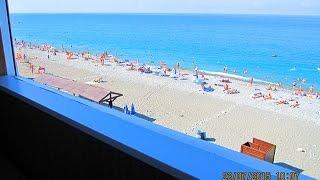 видео Номер с балконом на море