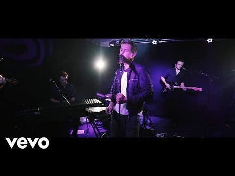 Tom Chaplin - Everybody's Changing (Live at Absolute Radio)