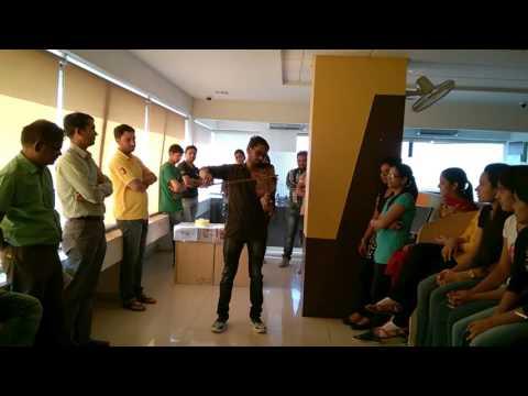 Jayostute Marathi Poem on violin