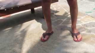 Паттайя 2014 Мини бикини в Сабай Резорт(Все люди, когда приезжают в жаркие страны, в основном загорают. Но далеко не все начинают загорать так, как..., 2014-02-16T21:14:53.000Z)