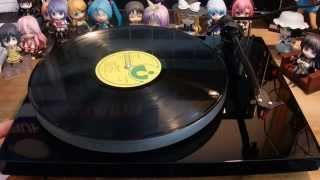 Gambar cover Pro-Ject Debut Carbon Esprit record player - Plattenspieler