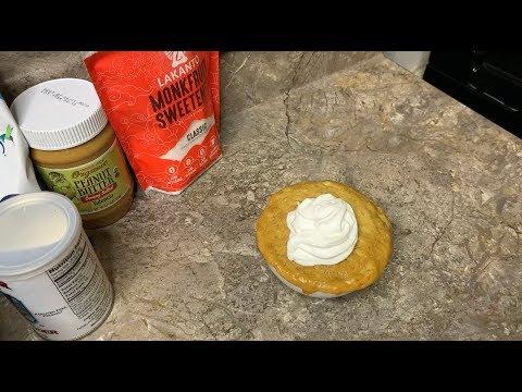 keto-peanut-butter-chocolate-chip-mug-cake