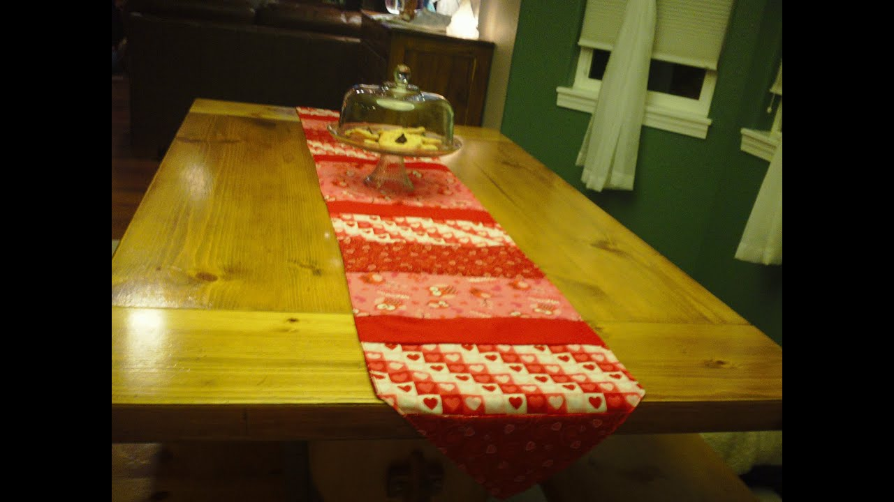 How To Make A Simple Table Runner Youtube