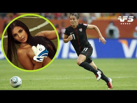 Top 10 Most Beautiful Female Footballers - 🔥🔥🔥 VERY HOT