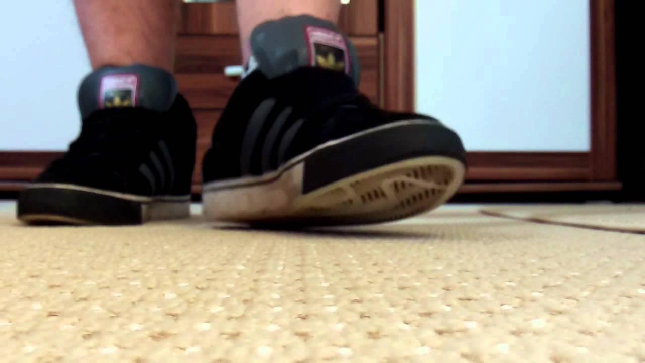 a047d5a9e0 Adidas Skate Campus vulc mid - YouTube