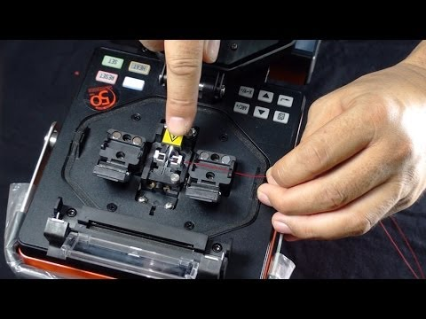 How to fusion splice two optical fibres