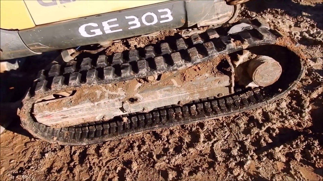 replacing-a-mini-excavator-track