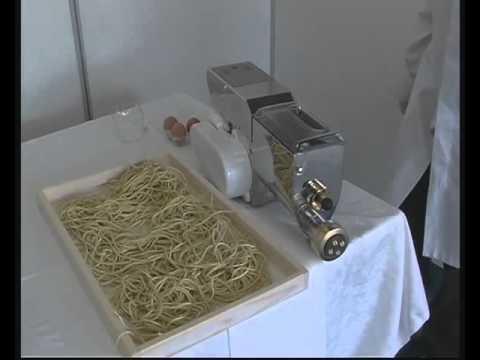Macchina per pasta con trafile made in italy professionale - Impastatrice per pasta fatta in casa ...