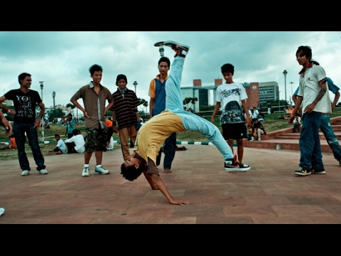 Hip hop plus slow motion mix dance