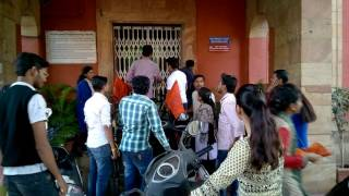 ABVP Nagpur Protest against Parking Fees with bycycle in vice chancellor chembers