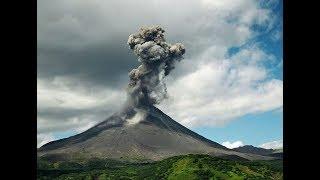 Снова извержение на Камчатке. Вулкан Карымский три раза за сутки выбросил пепел