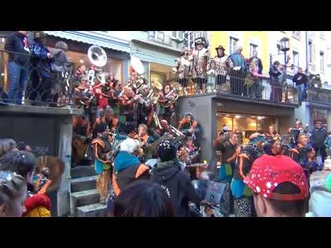 Карнавал в Швейцарии, парад уличных оркестров