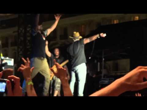 The Roots - The Seed & Men at Work / Kool G Rap (Live)