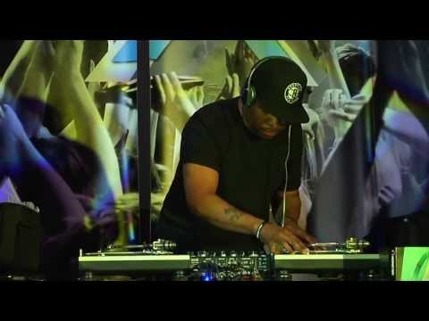 DJ Scratch at CORE DJ  LIVE MIX SHOW in LAS VEGAS