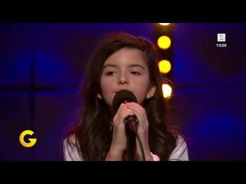 Angelina Jordan - I Saw Mommy Kissing Santa Claus - TV2 - Decemberm 25, 2014