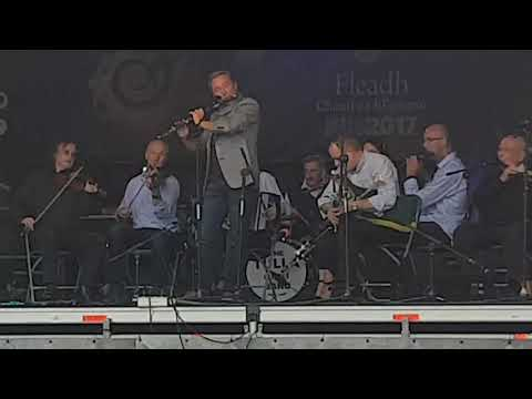 Michael flatley with Tulla céilí band