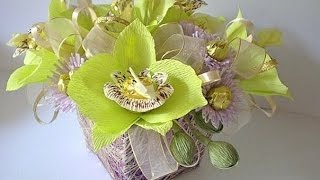 МК - орхидеи из гофрированной бумаги и конфет /// Master Class - orchid corrugated paper(Делаем своими руками цветы из конфет и гофрированной бумаги - очаровательные орхидеи. цветы из гофрированн..., 2016-03-25T10:27:30.000Z)