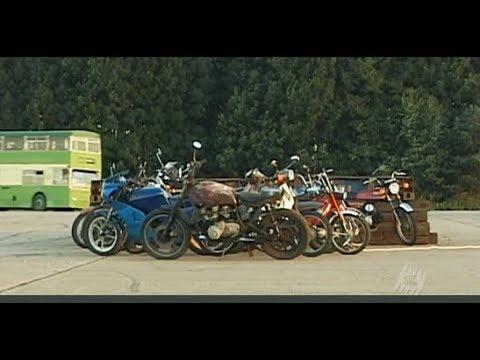 Top Gear. Сколько мотоциклов перепрыгнет автобус?
