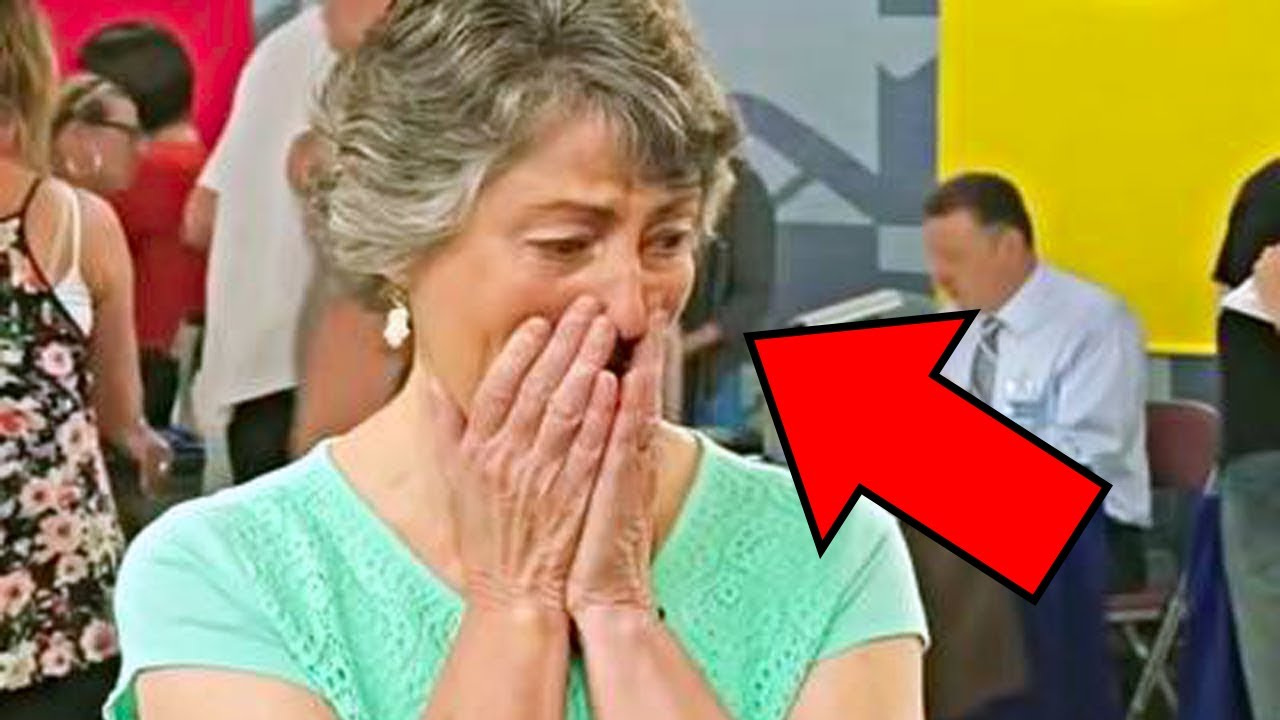 Download Woman Removes Painting Varnish, Uncovers Husband's 50 Year Old Secret