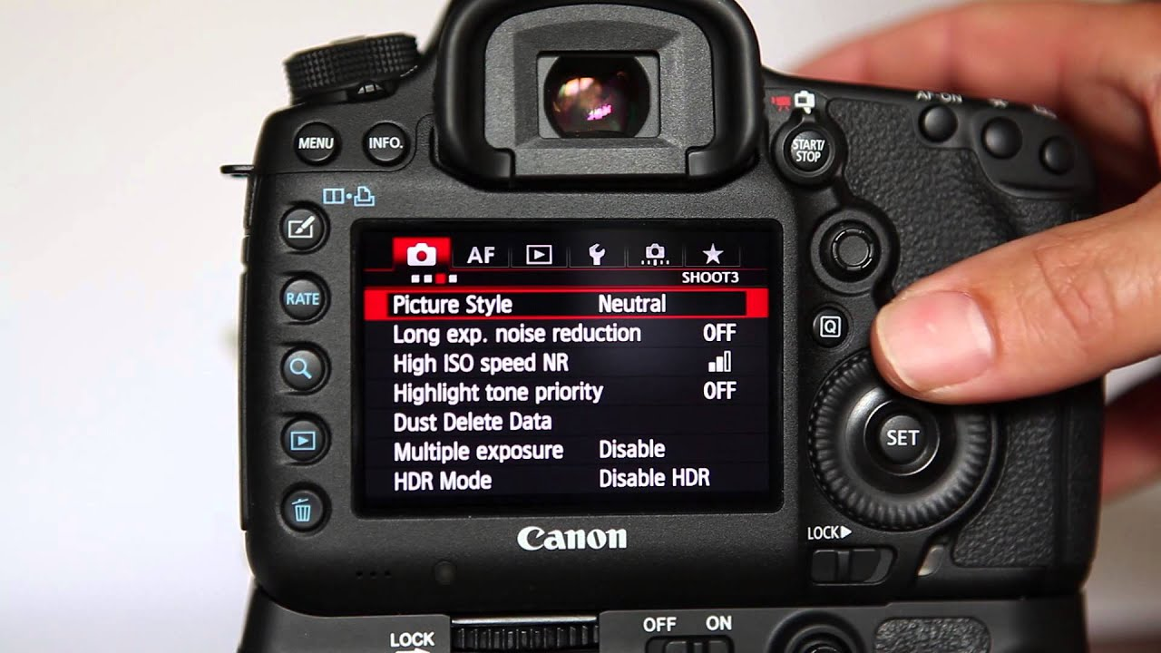 Best Wedding Photography Camera Settings  Mini Bridal