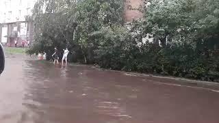 Біля Авіаційного університету величезна пробка через затор