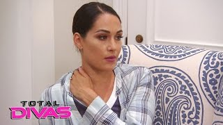 Nikki Bella compares diets with Brie Bella: Total Divas, April 19, 2017