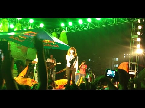 Shirley Setia live concert in Kalyani , West Bengal  (The humma song )