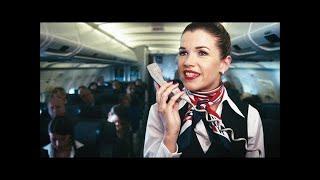 Die Stewardess & der Flugzeugmotor