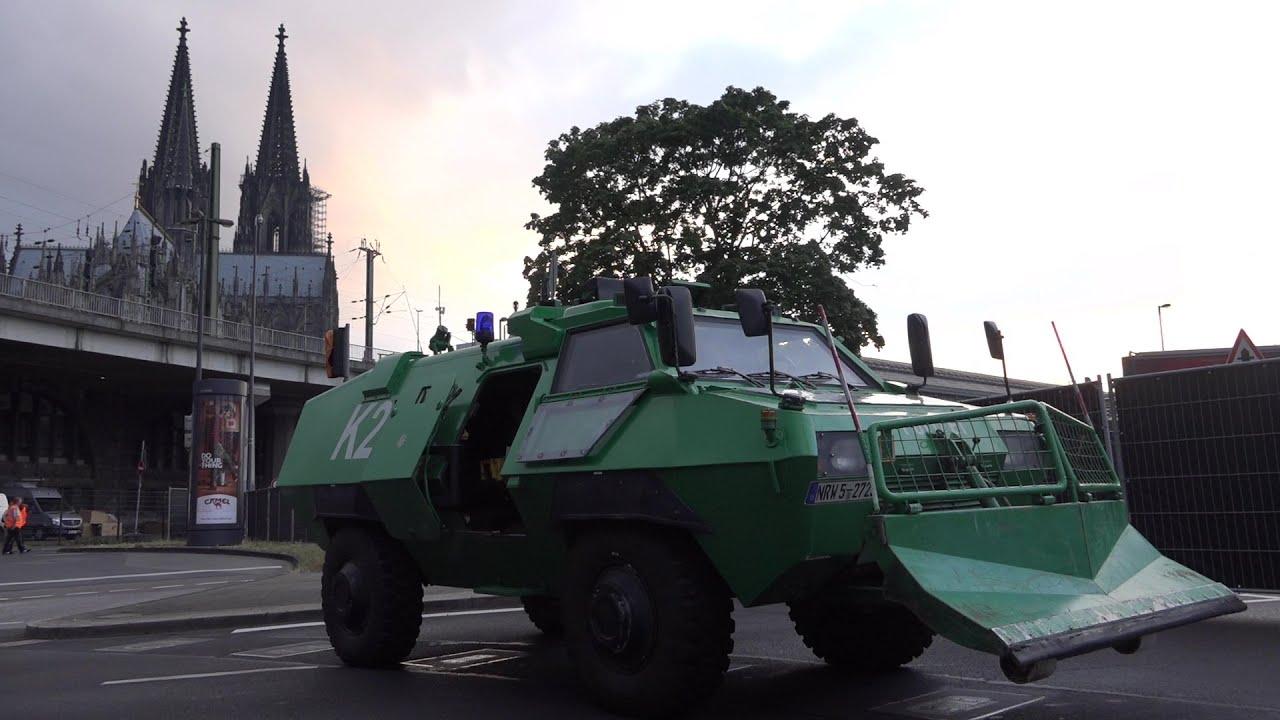 KÖLNER LICHTER 2016] - Alljährlicher Großeinsatz für Polizei ...