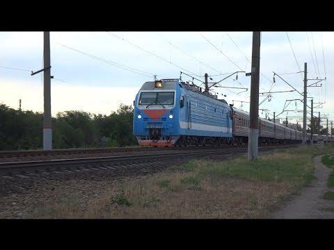 ЭП1М-603 с поездом №57 Иркутск — Кисловодск.