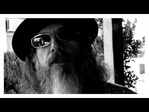 EXENTRICS: LARRY CHARLES