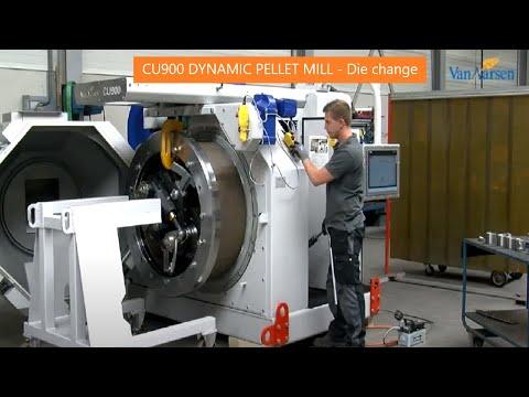 Die change CU900 Dynamic pellet mill