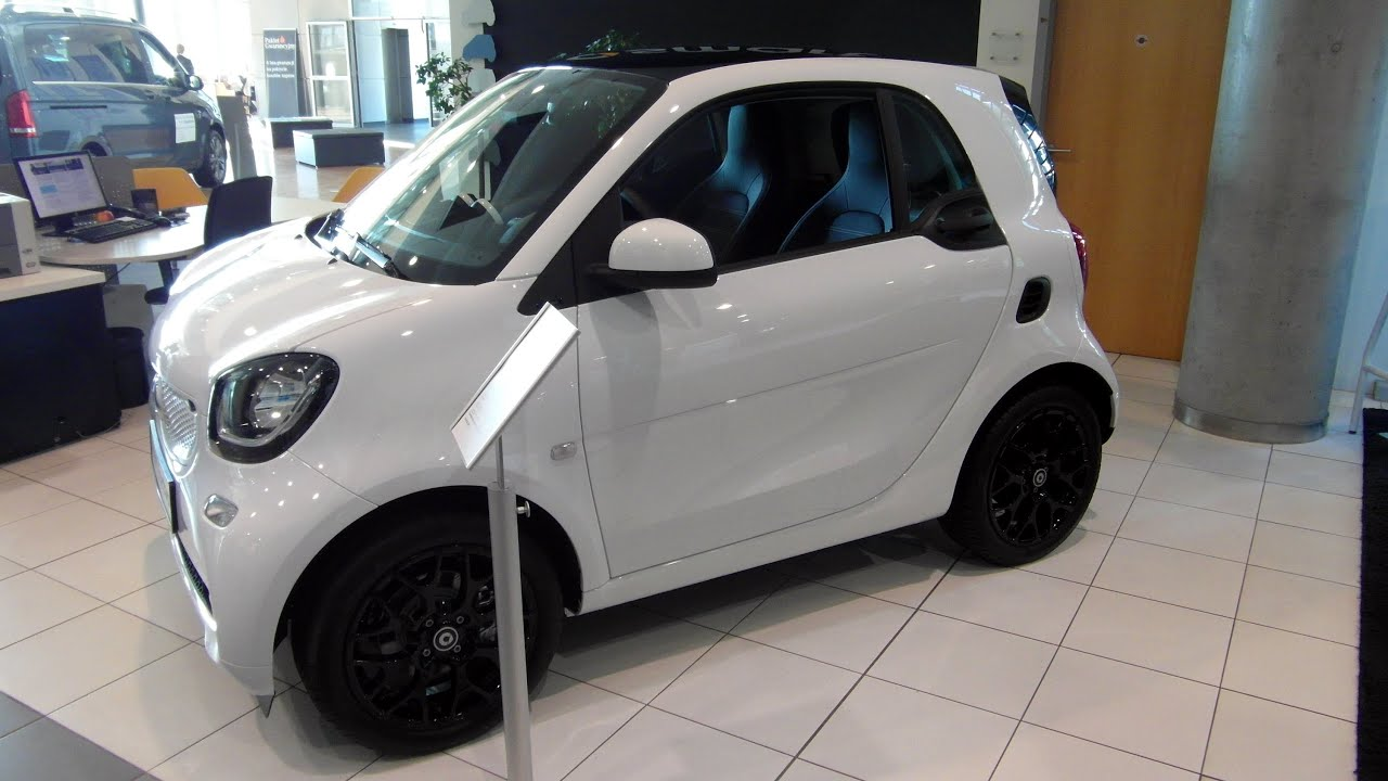 Mercedes Smart Car >> 2015 Smart Fortwo Coupe By Mercedes Benz Daimler Review Walkaround