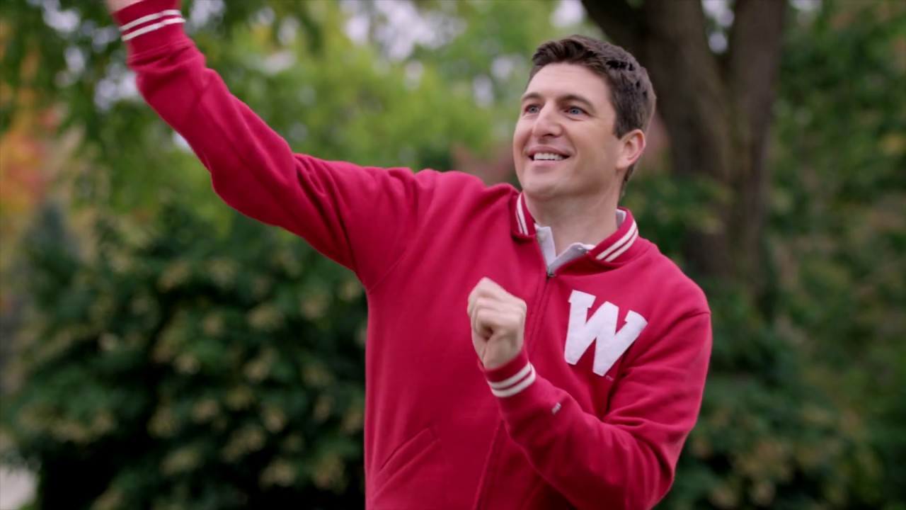 Steil touts 'Wisconsin-style solutions' as he plays football