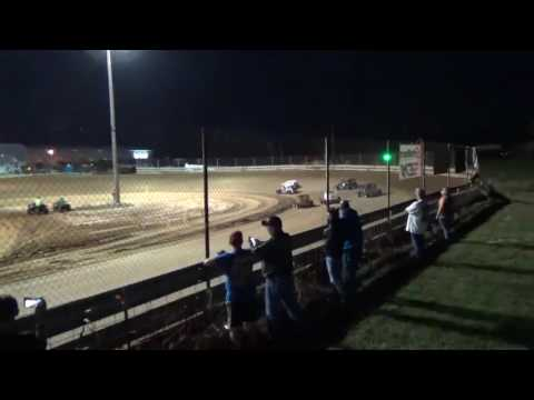 Dwarf Car Nation Of The South////////Southern Illinois Raceway mishap