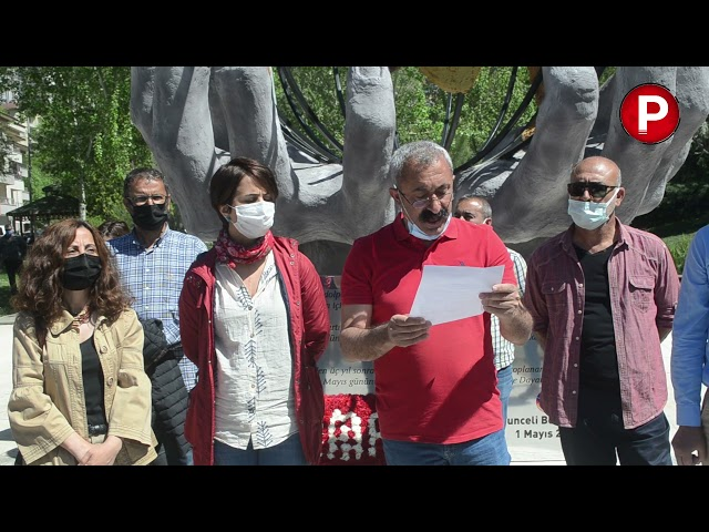 Dersim'de 1 Mayıs anıtına çelenk bırakıldı