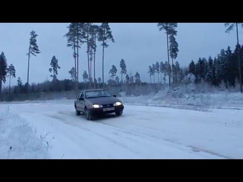 Ford Sierra Snow Day Fun Times 2.0 Drift